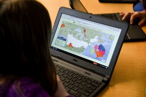 A student uses PuzzleMap at Marcus Whitman Elementary School