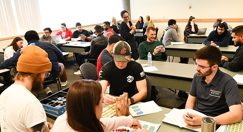 WSU Tri-Cities English class simplifies instructions for favorite board games