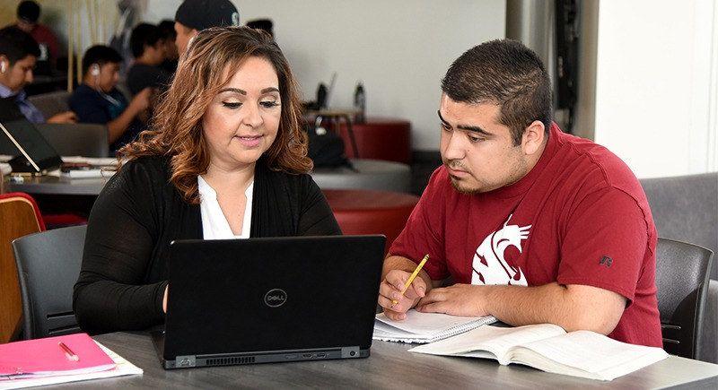 WSU Tri-Cities business student Mario Rodriguez (right) and mother WSU Tri-Cities alumna and staff member Maria Luisa Rodriguez